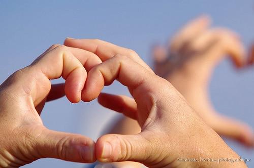 Main en coeur