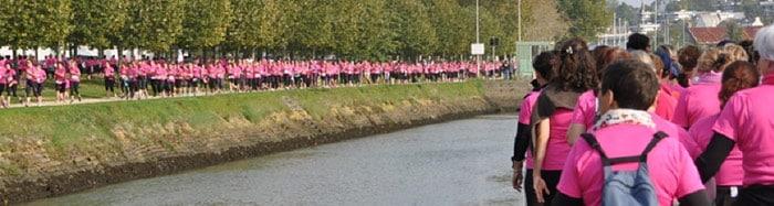 courir autour du port : magnifique ruban rose